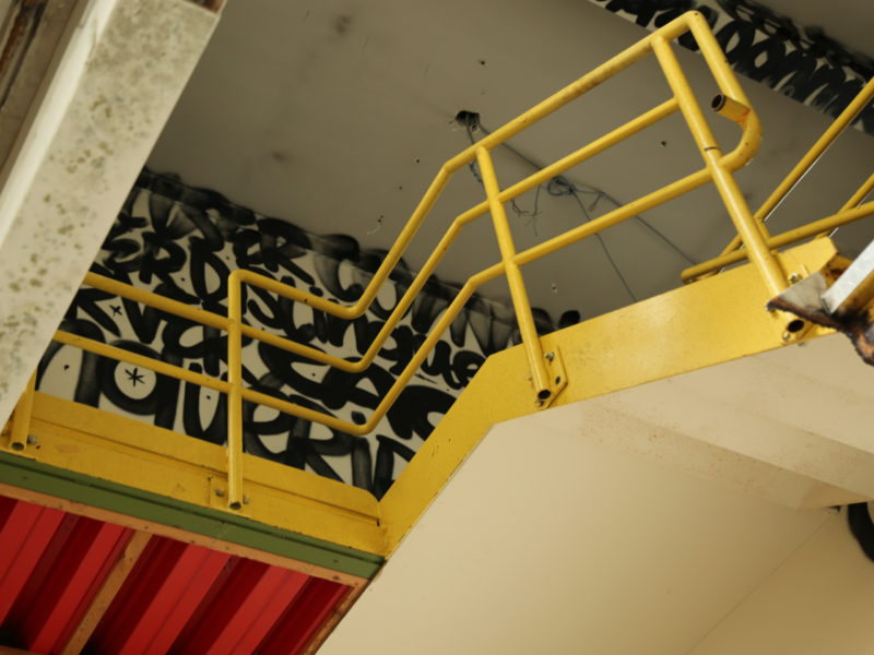 #19-Denis-Meyers-Escalier-jaune